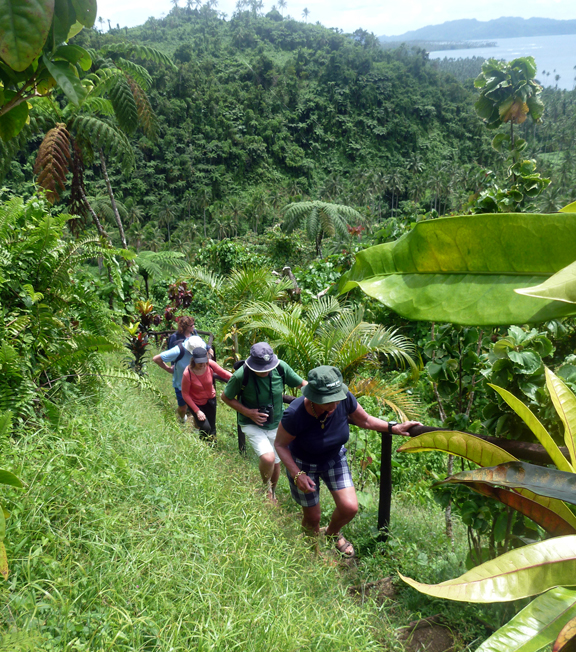 Hiking in the Bouma Heritage Park on Taveuni, Fiji